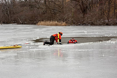 First Responders Wall Art - Photograph - Ice Rescue Demonstration by Jim West/science Photo Library