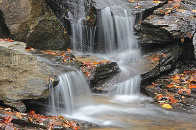 Photograph - Issaqueena Falls by Joseph C Hinson Photography