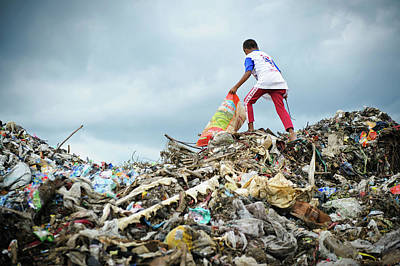 Waste Photograph - Landfill Scavenging by Matthew Oldfield