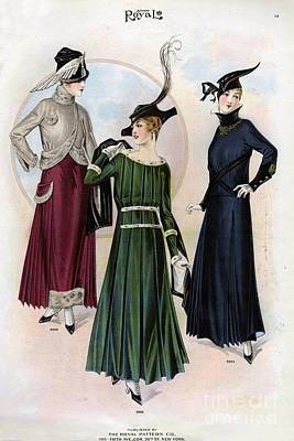 Nineteen-tens Drawing - Le Costume Royal 1915 1910s Usa  Cc by The Advertising Archives