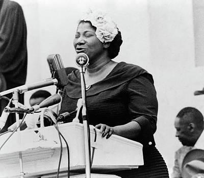 Civil Rights Painting - Mahalia Jackson (1911-1972) by Granger