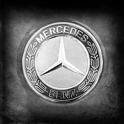 Photograph - Mercedes-benz 6.3 Amg Gullwing Emblem by Jill Reger