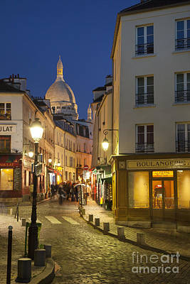 Boulangerie Photograph - Montmartre Twilight by Brian Jannsen