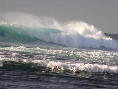 Photograph - Napali Coast Winter Wave by Robert Lozen