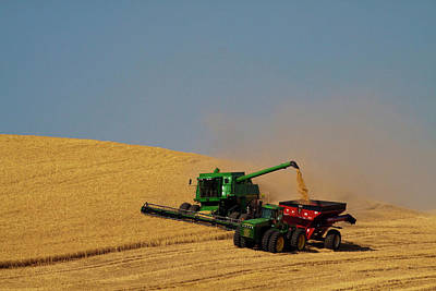 Machinery Photograph - North America Washington Palouse by Terry Eggers