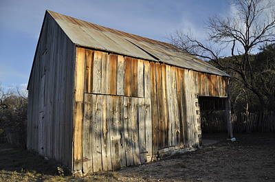 Photograph - Old Barn by Frank Madia