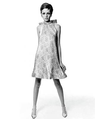 Silk Photograph - Portrait Of Twiggy by Bert Stern