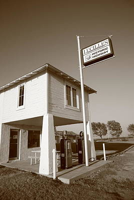 Lucille Photograph - Route 66 - Lucilles Gas Station by Frank Romeo