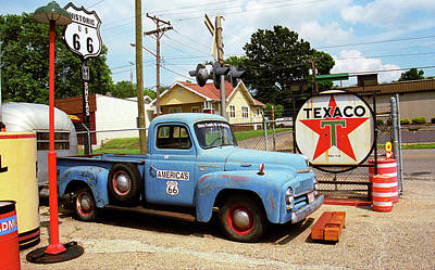 Photograph - Route 66 - Shea's Gas Station by Frank Romeo