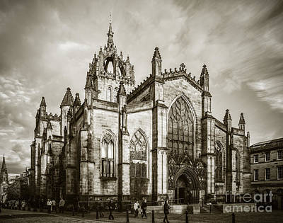 Photograph - St Giles Cathedral Edinburgh by Liz Leyden