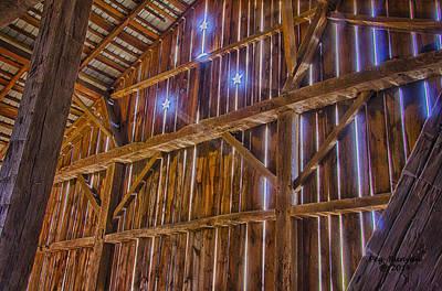 Photograph - 3 Star Barn by Peg Runyan