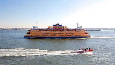 Aretha Franklin - Staten Island Ferry by Jannis Werner