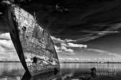 Scrap Photograph - Still Proud by Jose Elias - Sofia Pereira