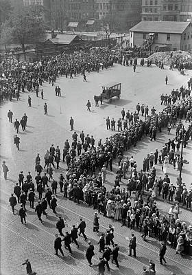 Streetcar Strike, 1916 Art Print by Granger