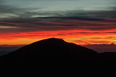 Photograph - Sunrise Atop Haleakala, An Extinct by Karen Kasmauski