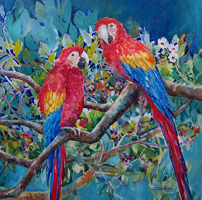 Scarlet Macaw Painting - The Conversation by Sue Kemp