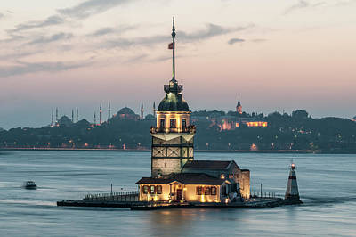 Leander Photograph - The Maiden's Tower by Ayhan Altun