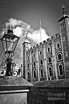 Streetlight Photograph - Tower Of London by Elena Elisseeva
