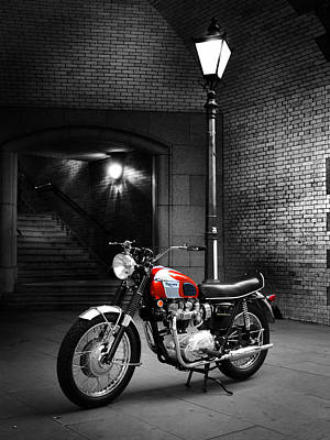 Triumph Bonneville Photograph - Triumph Bonneville T120 by Mark Rogan