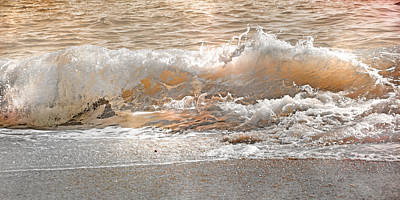 Action Lines Photograph - Wave by Betsy Knapp