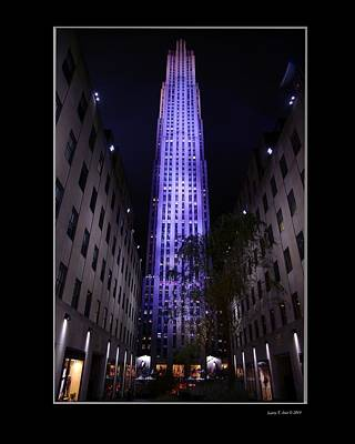 Rockefeller Plaza Photograph - 30 Rock Building by Larry Jost