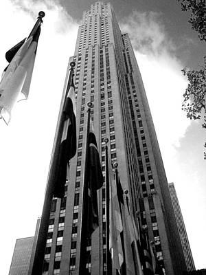 Photograph - '30 Rockefeller Center' by Liza Dey
