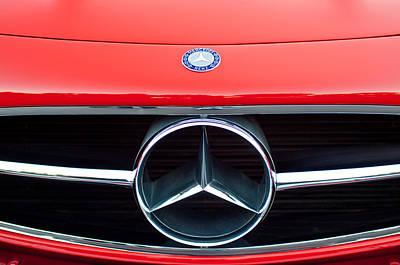 300 Mercedes-benz Sl Roadster Hood Emblem Art Print by Jill Reger