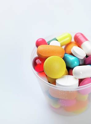 Large Group Of Objects Photograph - Pills by Tek Image