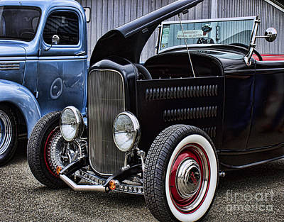 Photograph - 32 Highboy Roadster by Ron Roberts