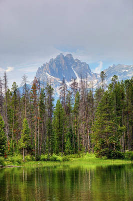 Sawtooth Mountains Photograph - Idaho, Sawtooth National Recreation by Jamie and Judy Wild