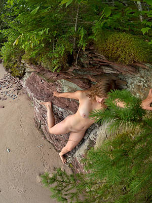 Photograph - 3378 Nude Rock Climber Above The Beach  by Chris Maher