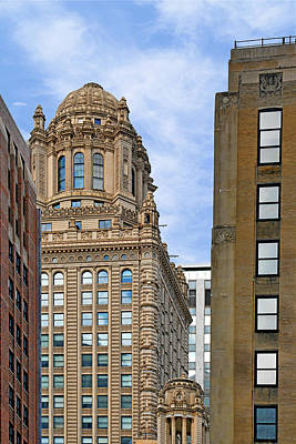Row Photograph - 35 East Wacker - Jewelers' Building Chicago by Christine Till