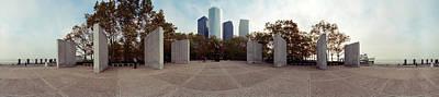 360 Degree View Of A War Memorial, East Art Print