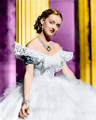 Bette Davis Photograph - Bette Davis by Silver Screen