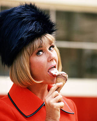 Doris Day Photograph - Doris Day by Silver Screen