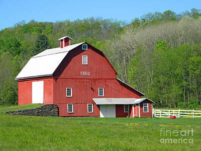 Photograph - 1884 Barn 2 by Doug Heavlow