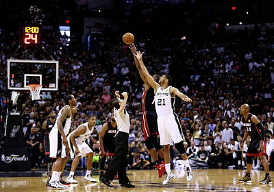 Photograph - 2014 Nba Finals - Game Five by Andy Lyons