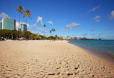Ala Moana Beach Park, Waikiki Art Print