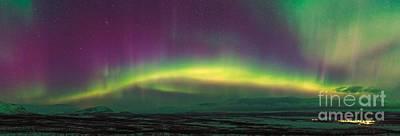 Snowy Night Photograph - Aurora Borealis, Lapland, Sweden by Babak Tafreshi, Twan