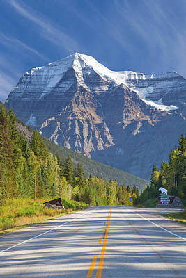 British Columbia Photograph - Canada, British Columbia, Mount Robson by Jaynes Gallery