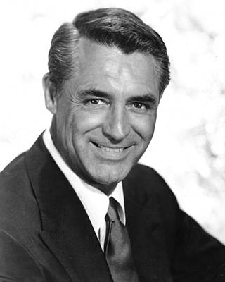 Cary Grant Wall Art - Photograph - Cary Grant by Silver Screen
