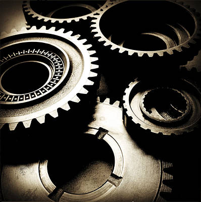 Gear Photograph - Cogs by Les Cunliffe