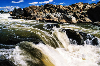 Rivers In The Fall Digital Art - Great Falls Of The Potomac River by Thomas R Fletcher
