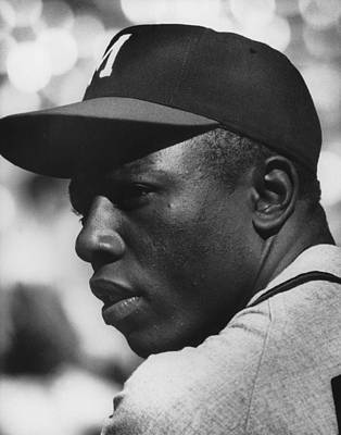 Mobile Photograph - Hank Aaron by Retro Images Archive