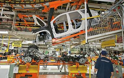 Cherokee Photograph - Jeep Grand Cherokee Assembly Line by Jim West