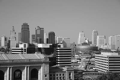 Black Commerce Photograph - Kansas City Skyline by Frank Romeo