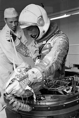 Human Survival Photograph - Scott Carpenter by Nasa