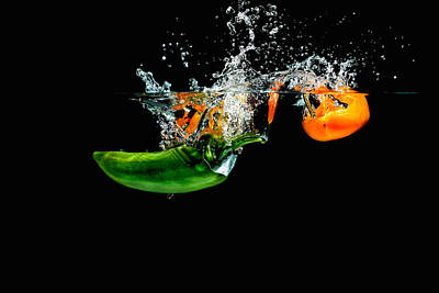 Photograph - Splashing Paprika by Peter Lakomy