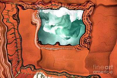 Studio Grafika Zodiac - Staircase interior by Odon Czintos