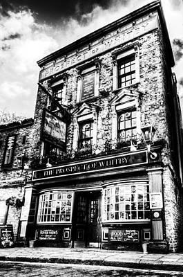 The Prospect Of Whitby Pub London Art Print by David Pyatt